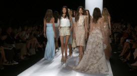 Badgley Mischka bei der Mercedes-Benz Fashion Week, New York City 455165324